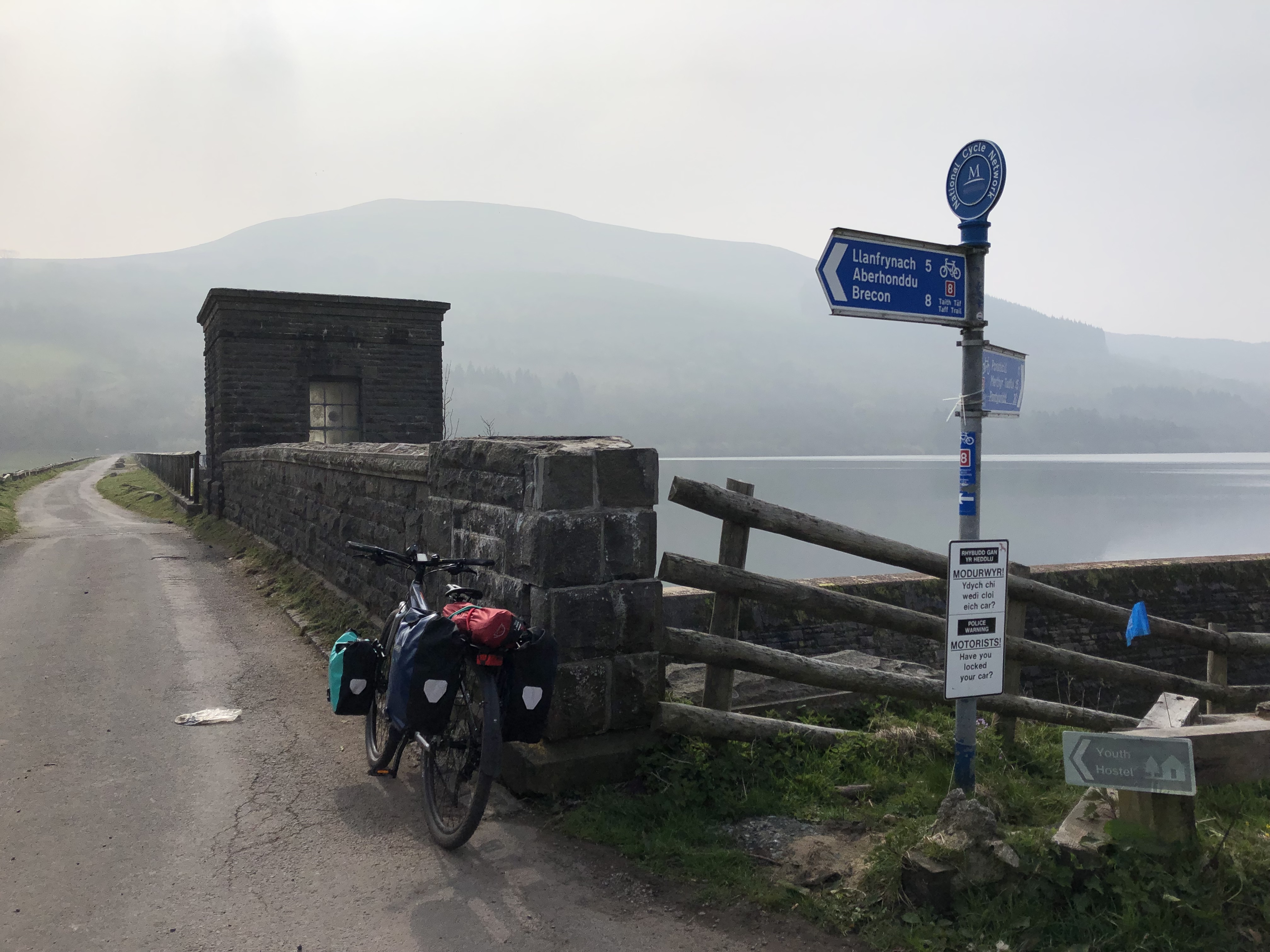Giant ToughRoad Cardiff to Brecon Cycle touring